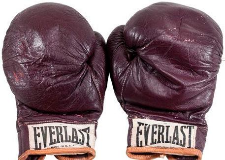 Выбираем боксёрские перчатки. История возникновения и применение