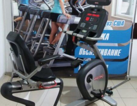 Велотренажер горизонтальный Star Trac E-RB